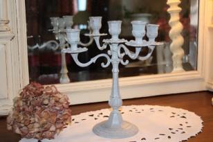 Ancien chandelier patiné