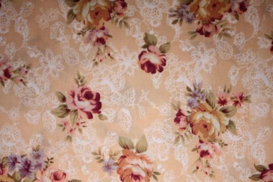 Tissu : bouquets sur fond beige